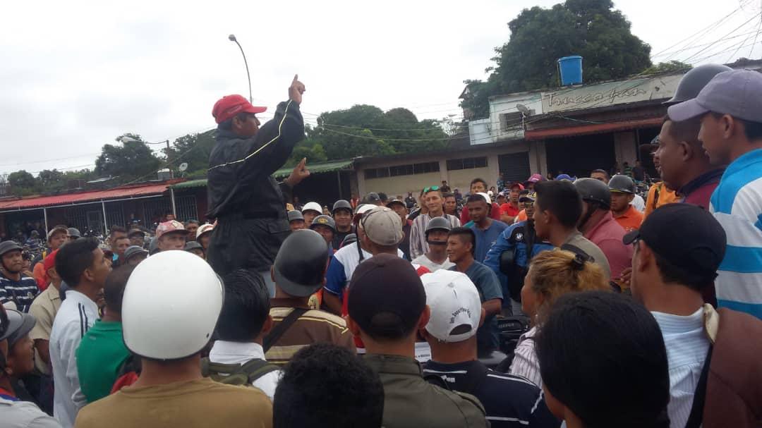 protestacataniapo4.jpg